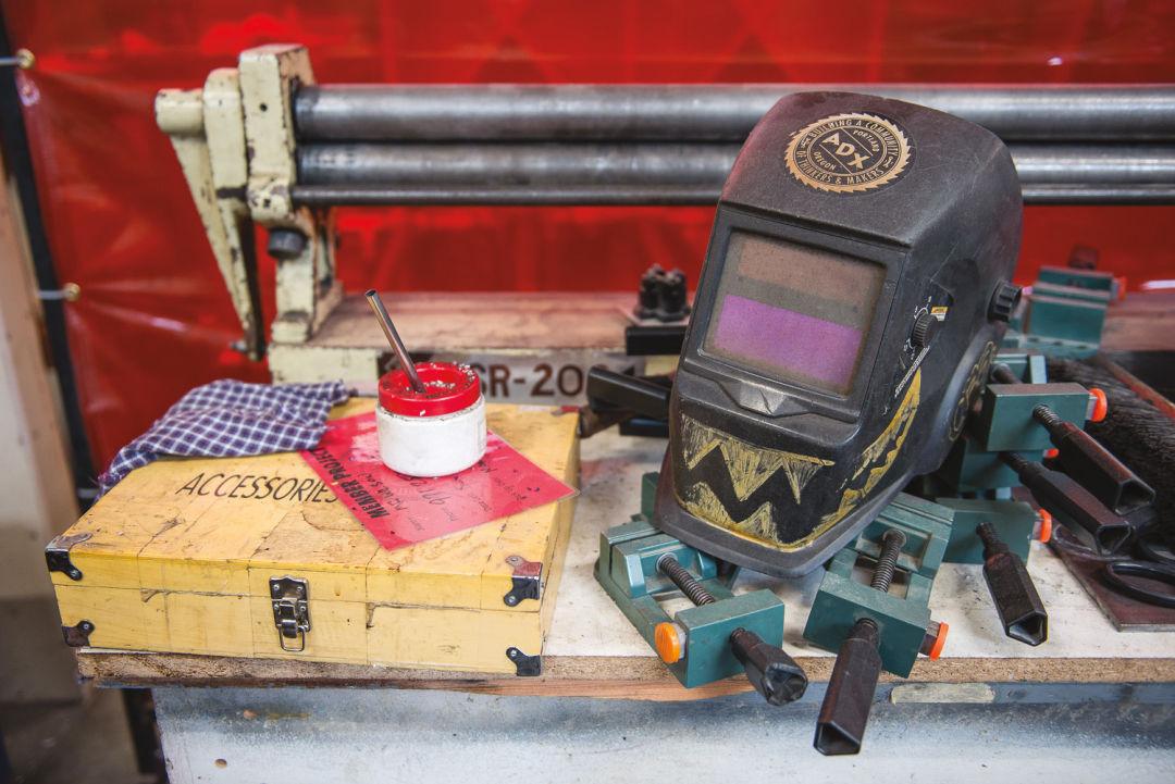 Pomo 1216 adult ed adx welding helmet qyy6r6