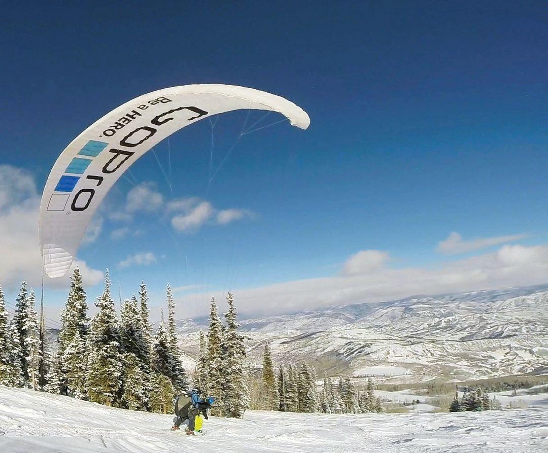 Paragliding cintsi
