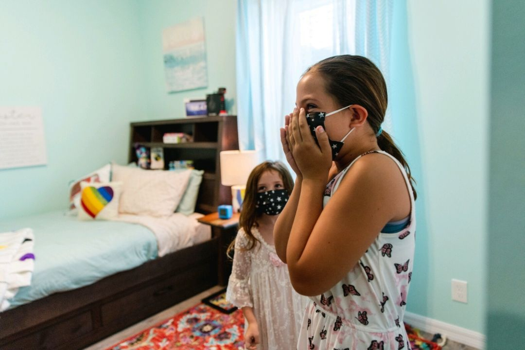 Lauren's daughter Emma sees her new bedroom for the first time.