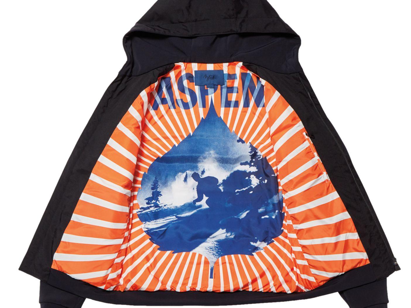 Hoodedblackjacket interior  1 ey5hfs