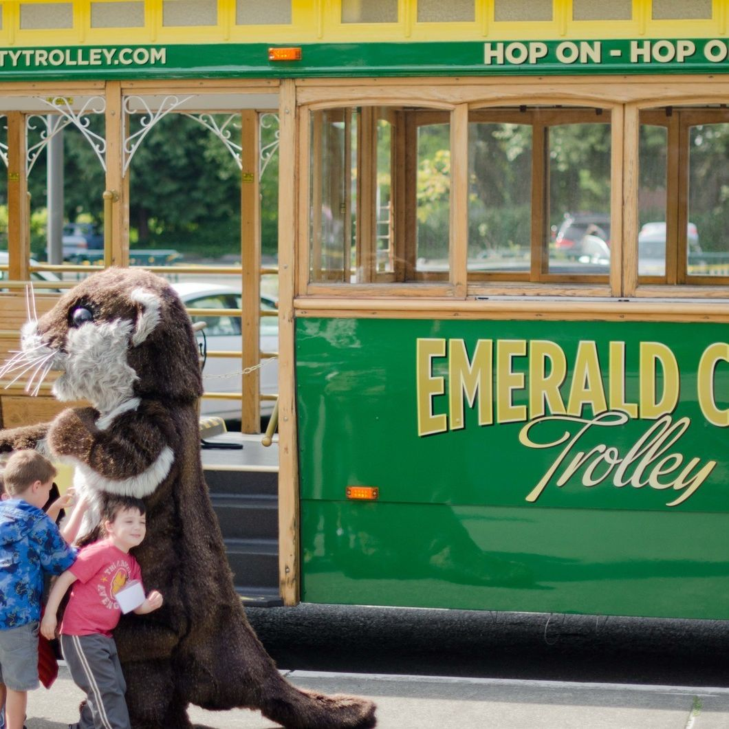 Emerald city trolley  1 of 6  grsorn