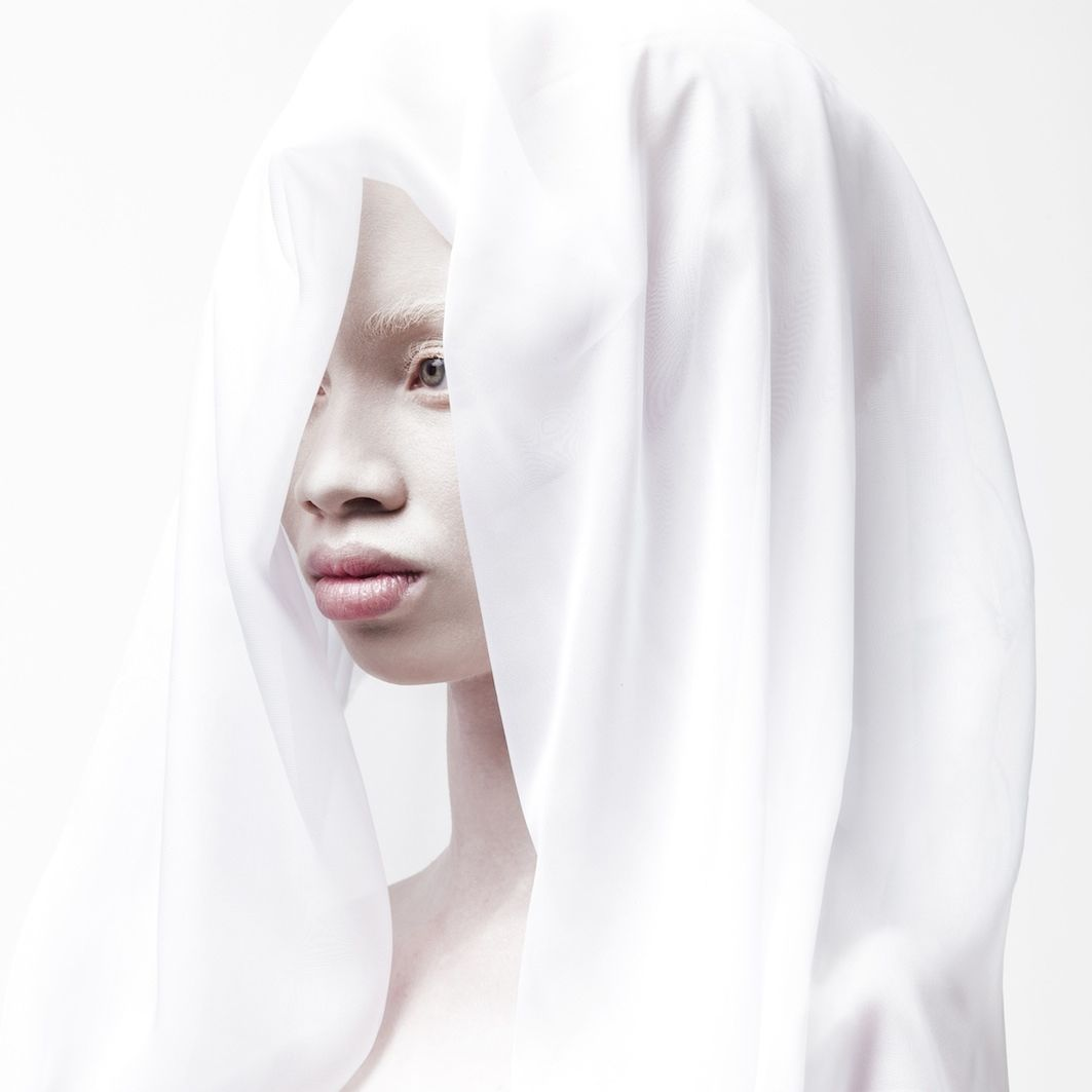 Justin dingwall untitled 2 2013 justin dingwall thando hopa courtesy m.i.a gallery  wvz8yn