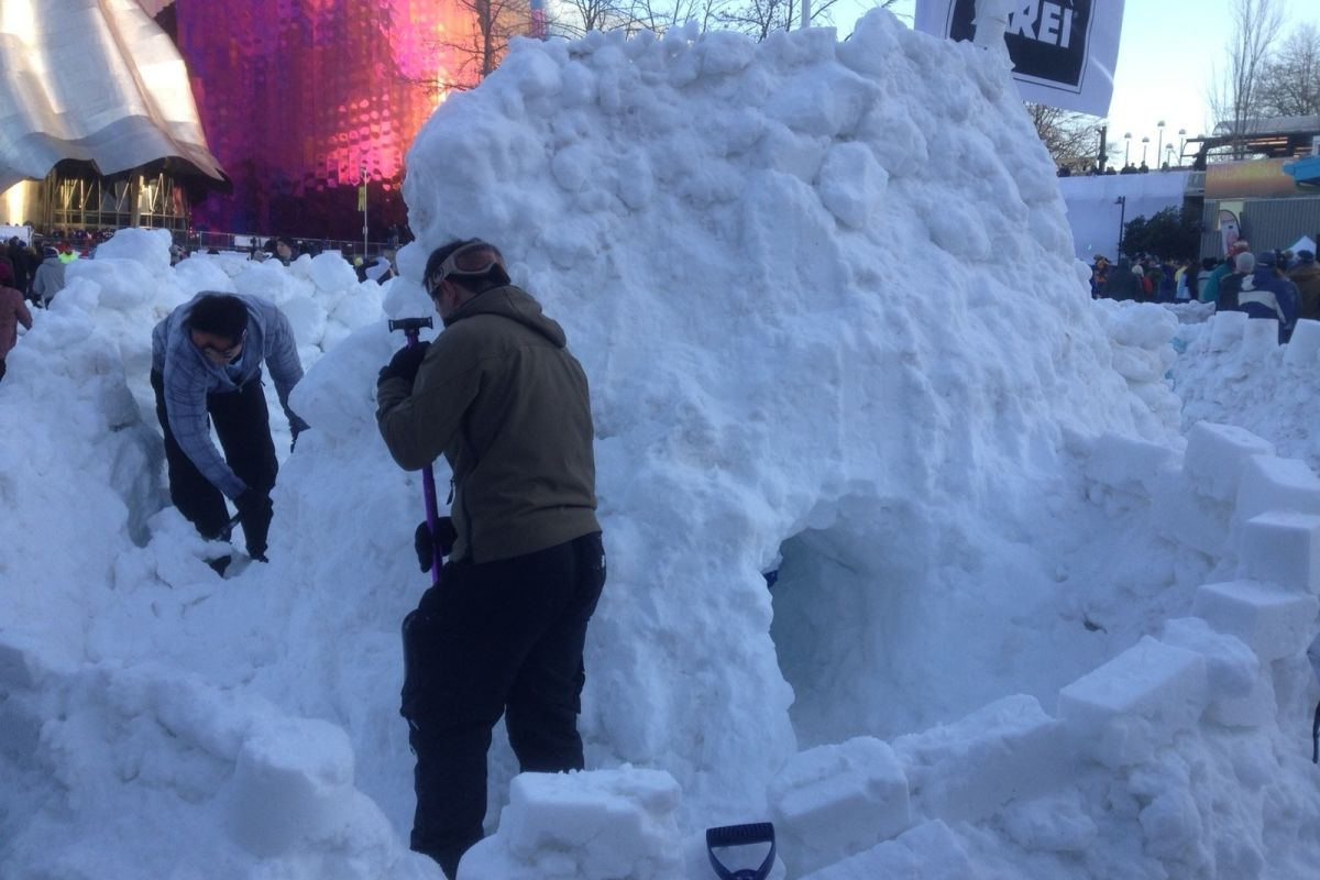 Seattle Had the World's Biggest Snowball Fight This ...