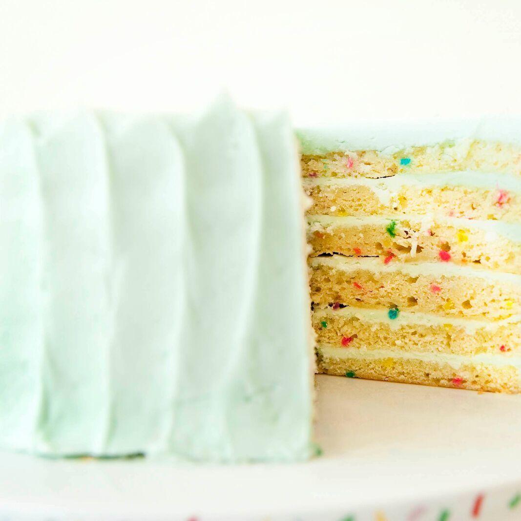 Celebration cake  preview bwgyu5
