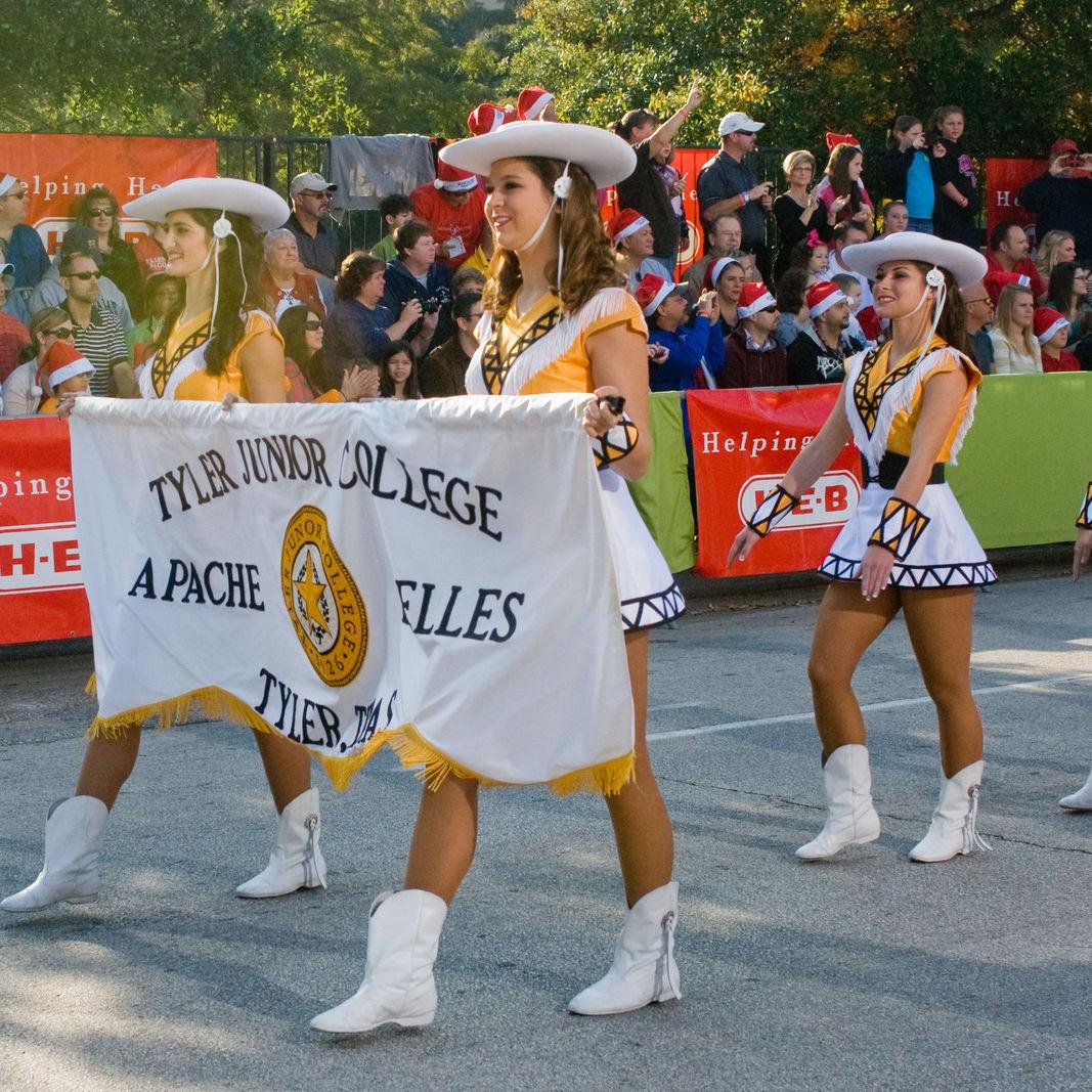 Parade ntvfvn