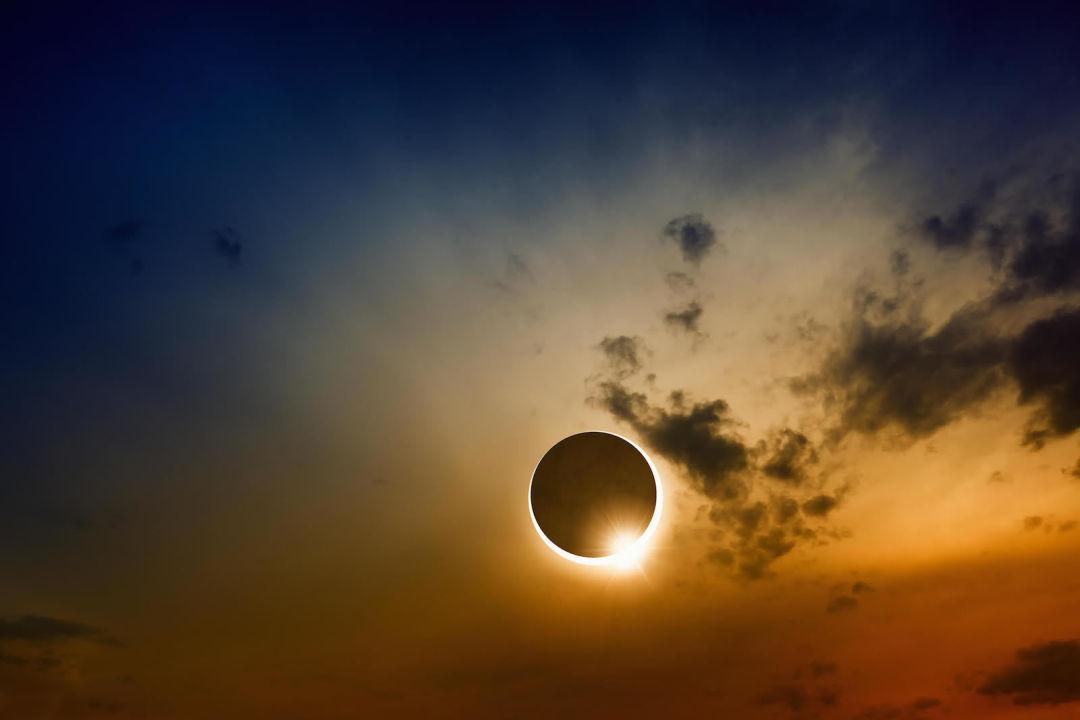 Solar eclipse   igor zh   shutterstock phc7xi