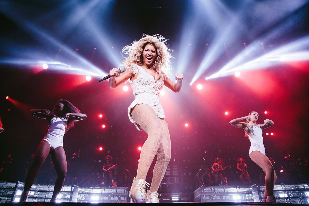 Review: Beyoncé in Concert   Houstonia