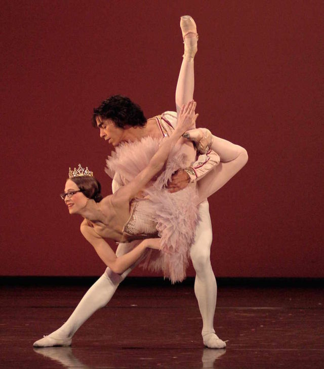 Stuttgart ballet germany photo by regina brocke small yo1rxy