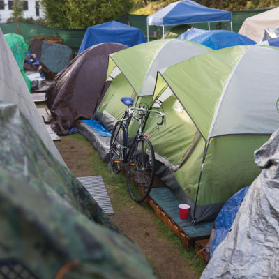 Homeless fullres 15 m2o61u op24st