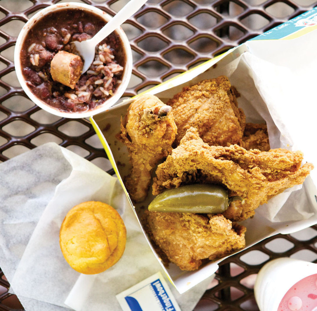 0215 comfort food fried chicken frenchys box b3fwp1