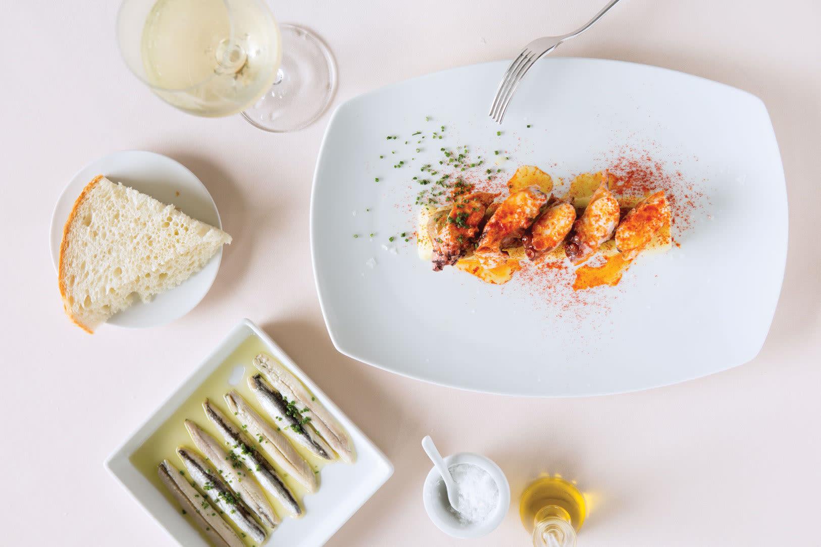 1015 best new restaurants bcn taste tradition spanish octopus smoked paprika cm6lqj