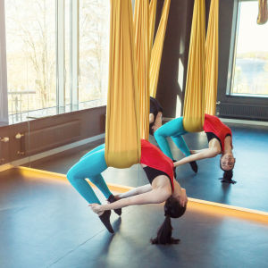 Stimulate Your Relaxation Instinct With Hammock Yoga