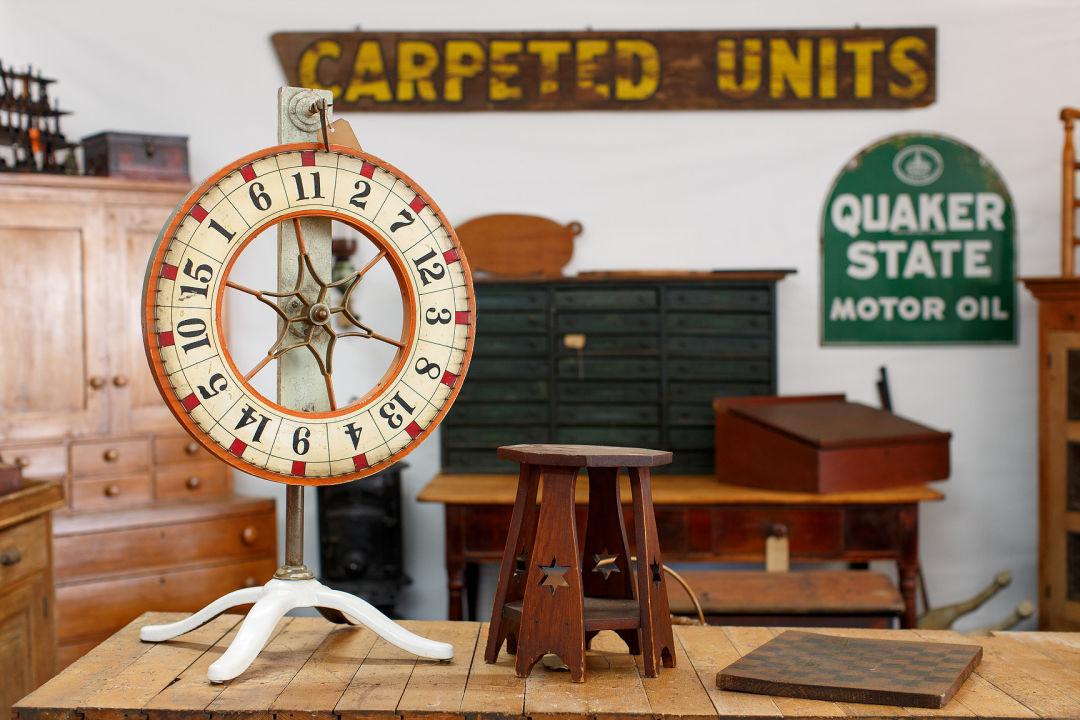 Co the original round top antiques fair 6 hxrusx