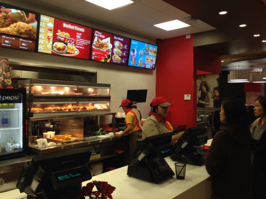 fast food filipino style at jollibee houstonia people order fried chicken as fast as jollibee can make it