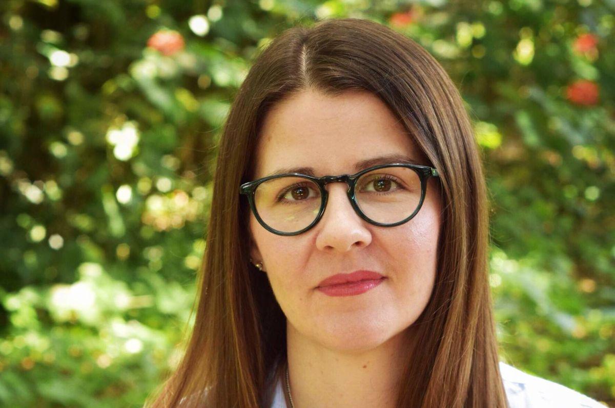 Kristen Arnett Talks Dark Humor, Taxidermy, and Queer