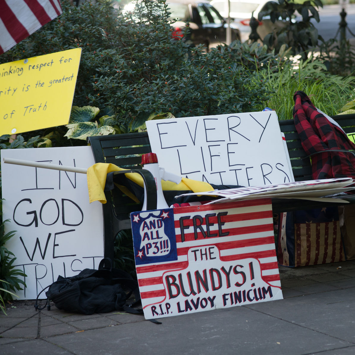 Oregon militia protests davidkrug   1 m9wnfz