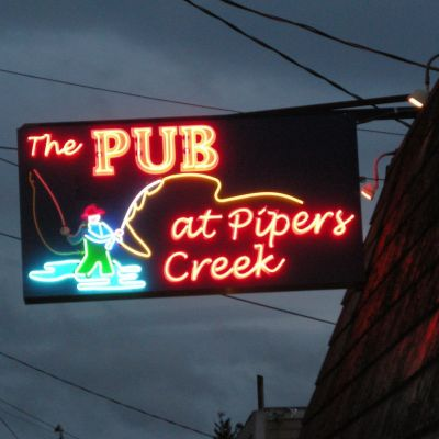 081412 sauced pub pipers creek mldezr