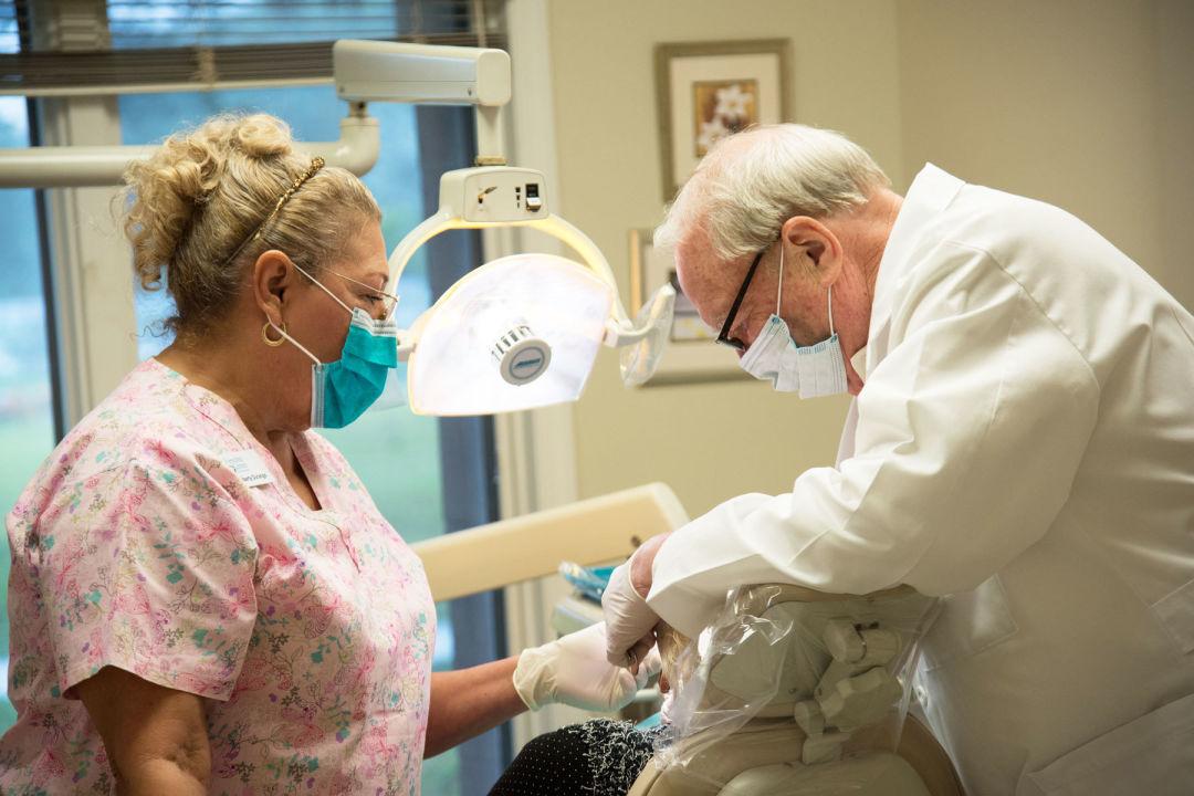 Srq dental 1800x1200 mw30zg
