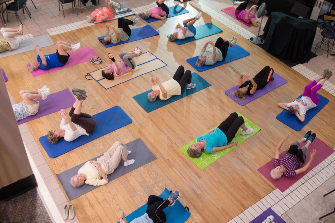 Venice yoga 1800x1200 dhyvr6