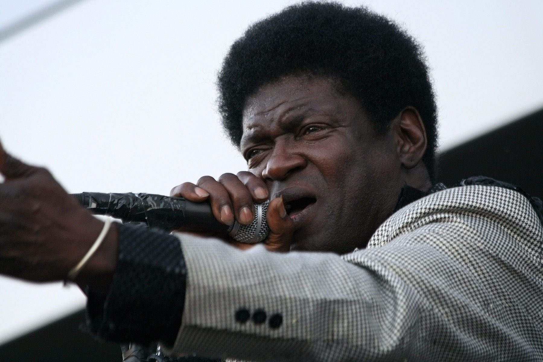 Charles bradley   the menahan street band  jazz fest wien 2011  27 nxzxe8