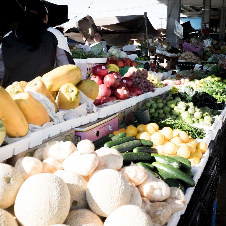 Canino s produce farmers market   2014 11 02 yegmib