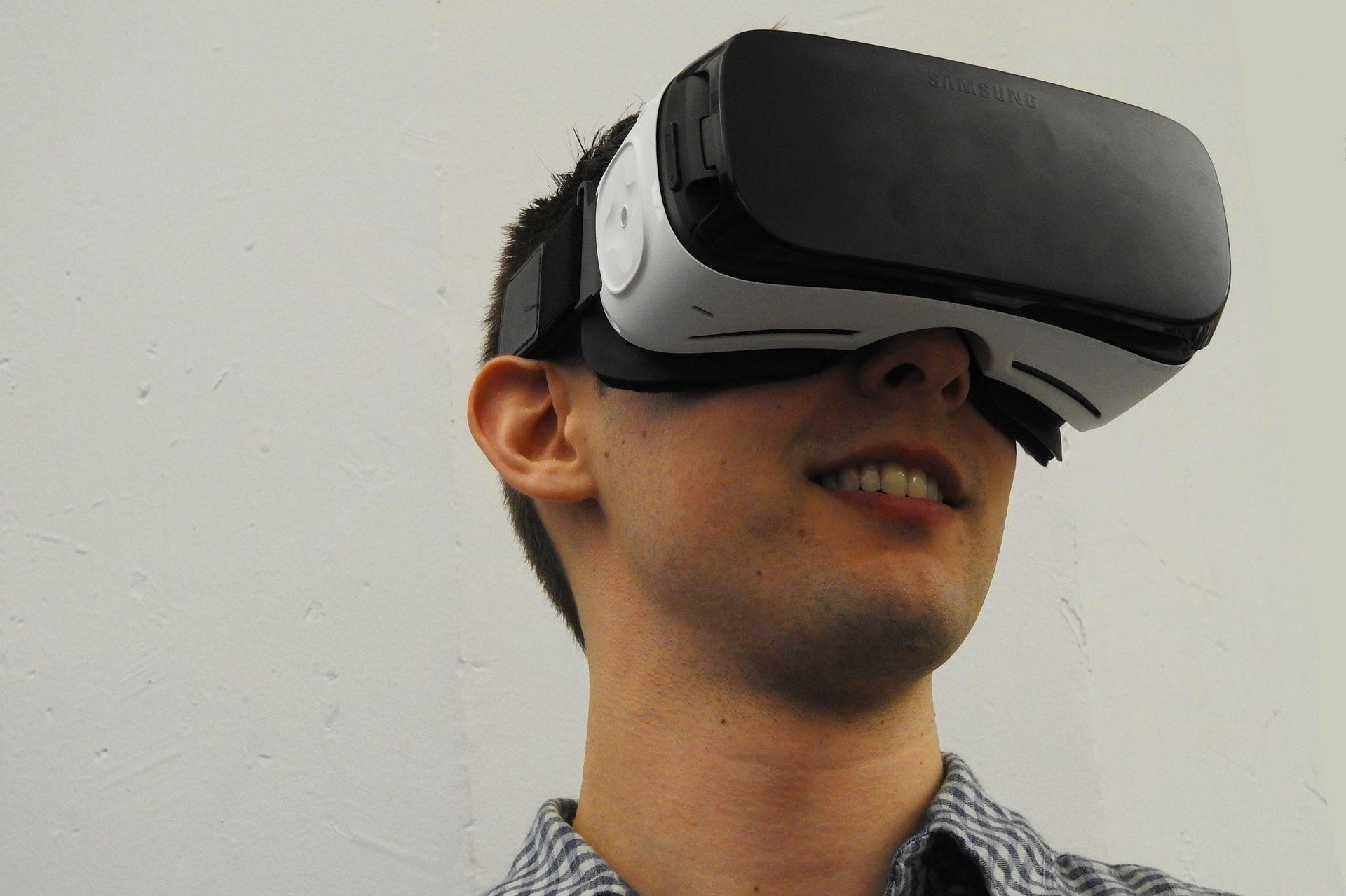Virtual reality gnhtrg