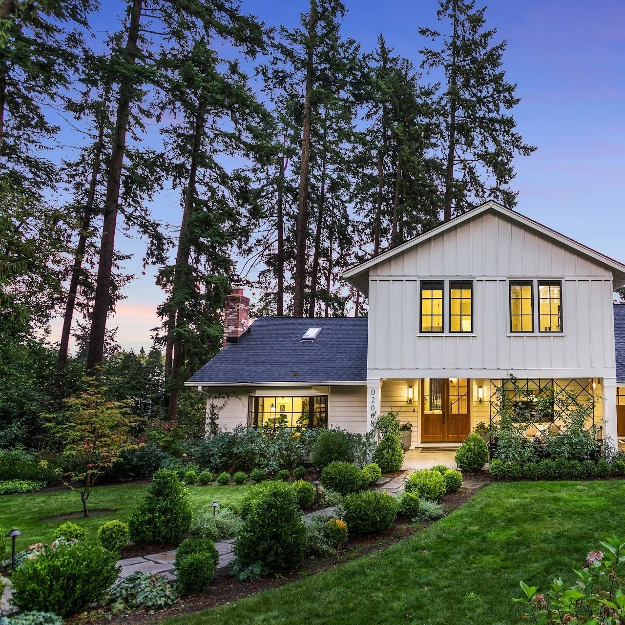 """Property Watch: Emily Henderson's """"Portland House"""" Hits the Market"""