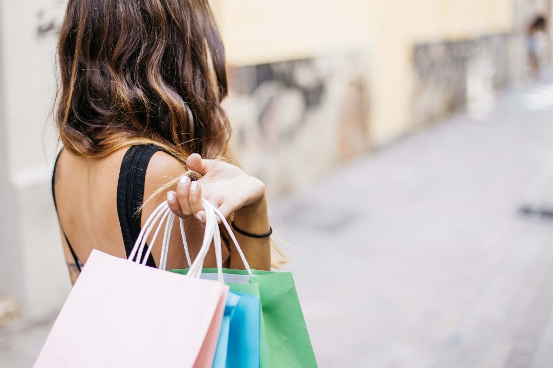 164 million americans expected to go shopping over thanksgiving