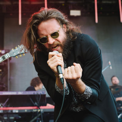 20150726 amberzbitnoffknecht capitolhillblockparty2015 68 father john misty web syqyxa