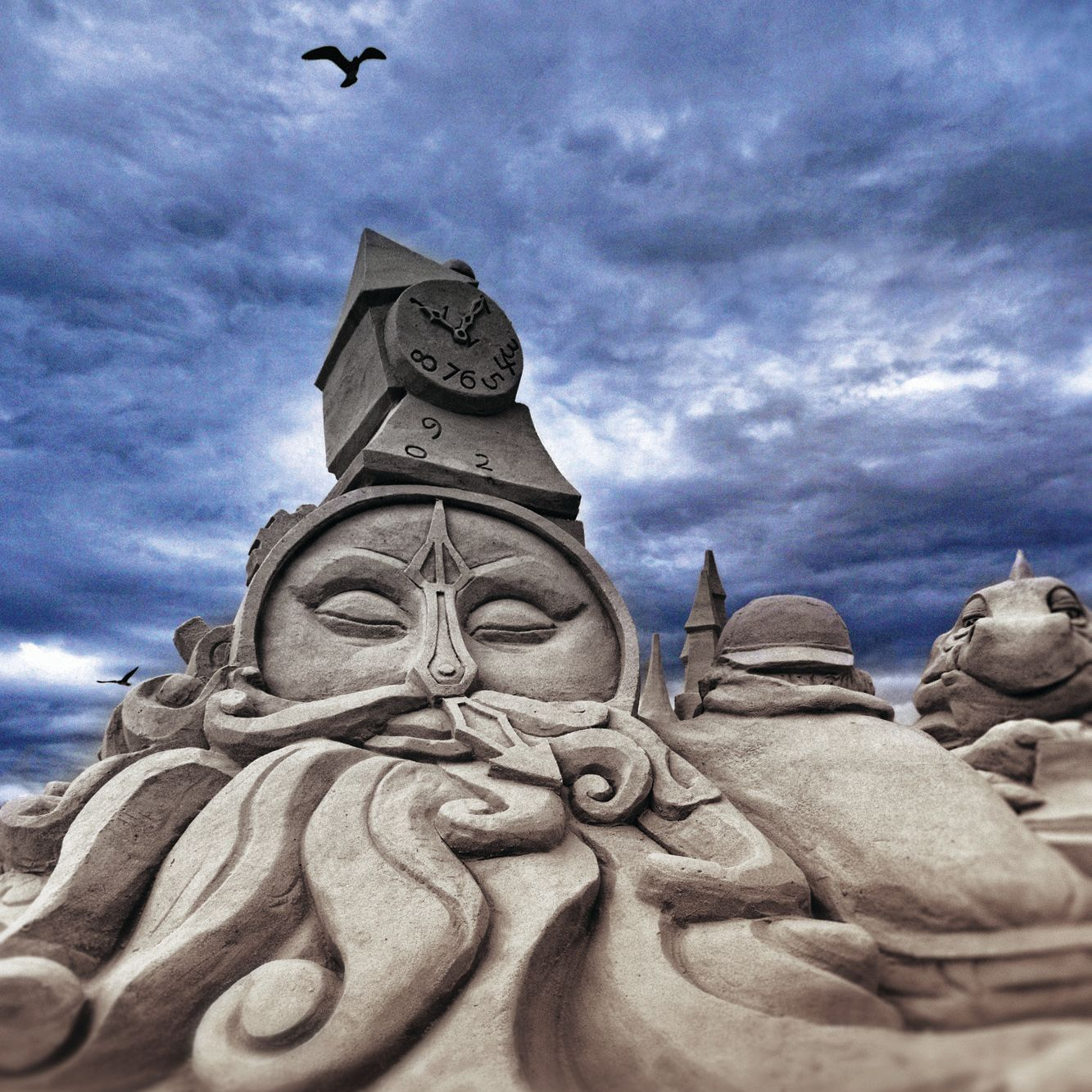 Srq sand sculptre odigs4