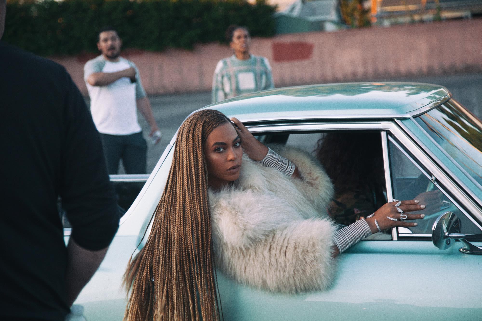 Beyonce photocredit robin harper h8wl2j