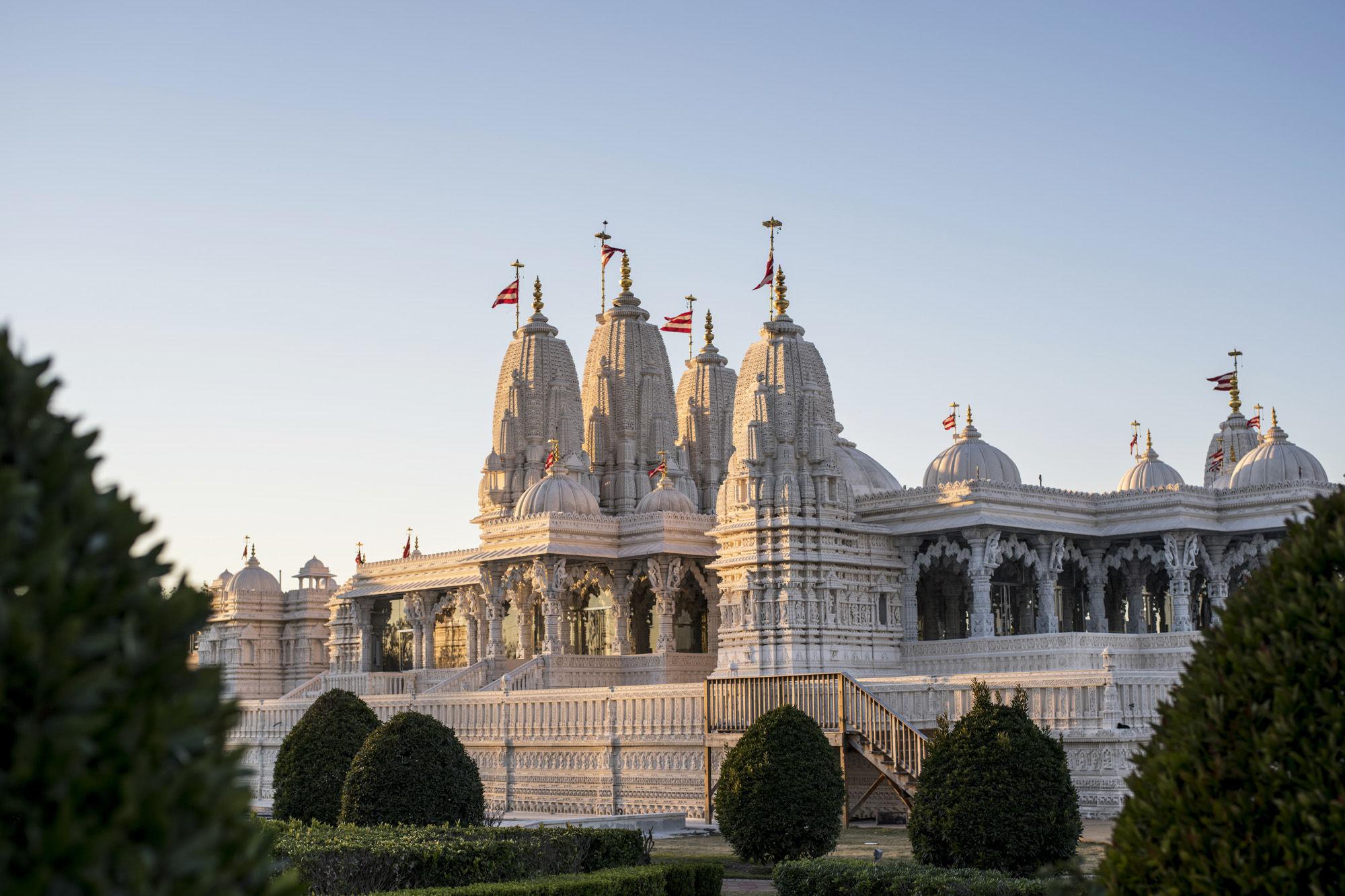 Shri swaminarayan mandir 012 ynf0ya