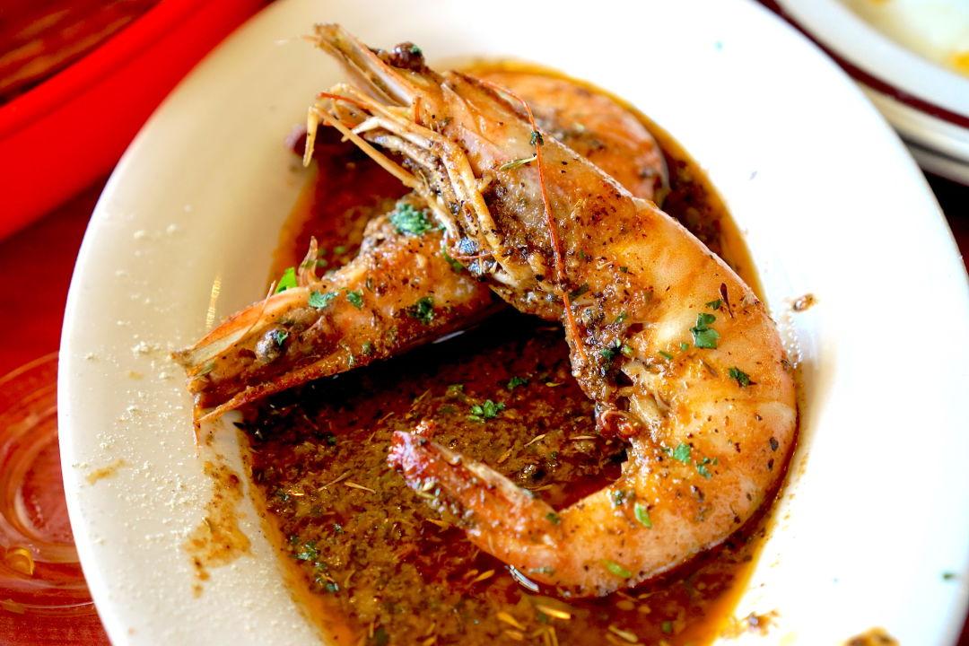 Hanks crawfish   killer barbecue shrimp k0grhs