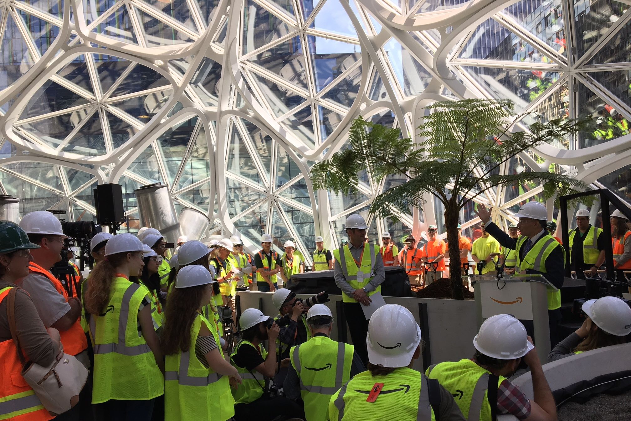 Amazon spheres announcement dow constantine 050417 rv2utb