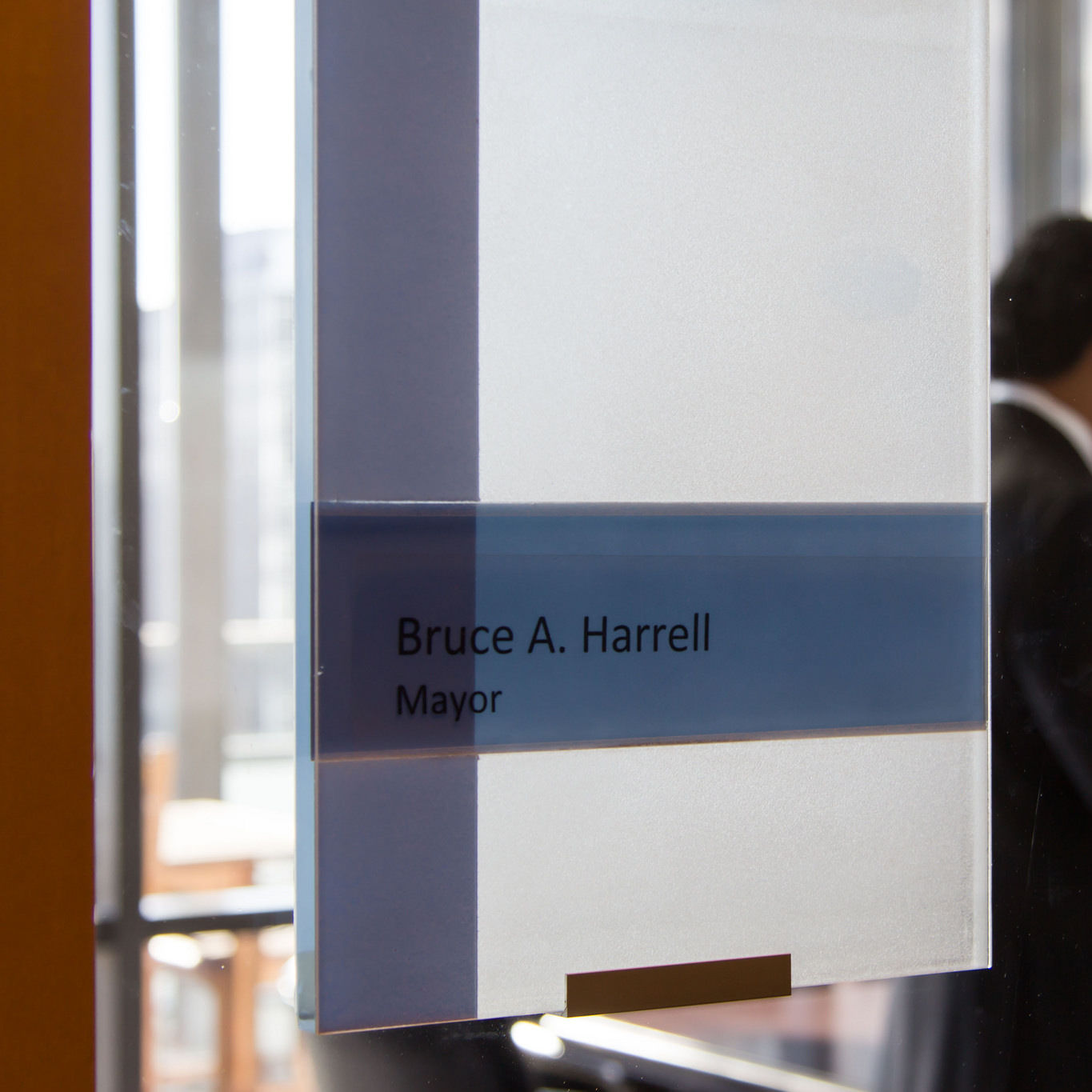 Bruce harrell door sign mayor seattle city council s5q78e