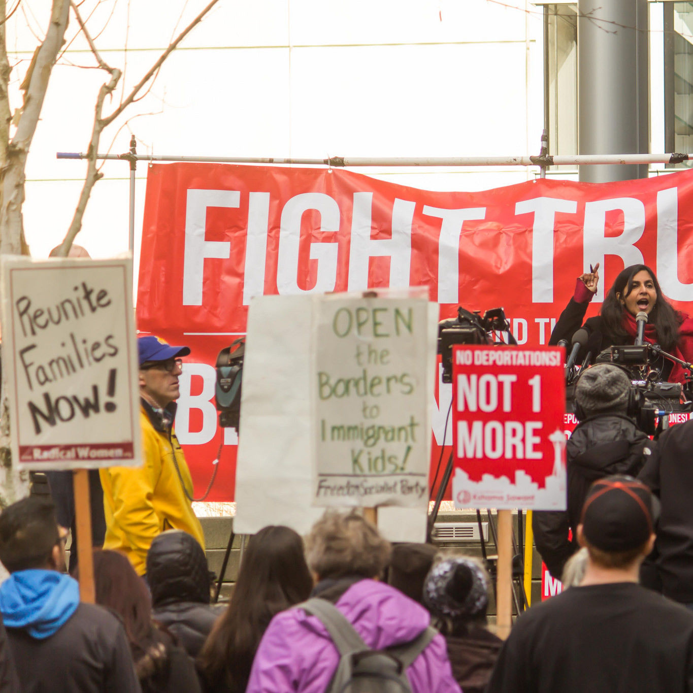 Fight trump kshama sawant seattle feb 15 2017 daca jiast6
