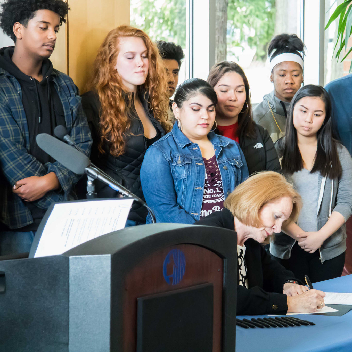 Seattle mayor jenny durkan promise free college tuition signs mou clz7g1