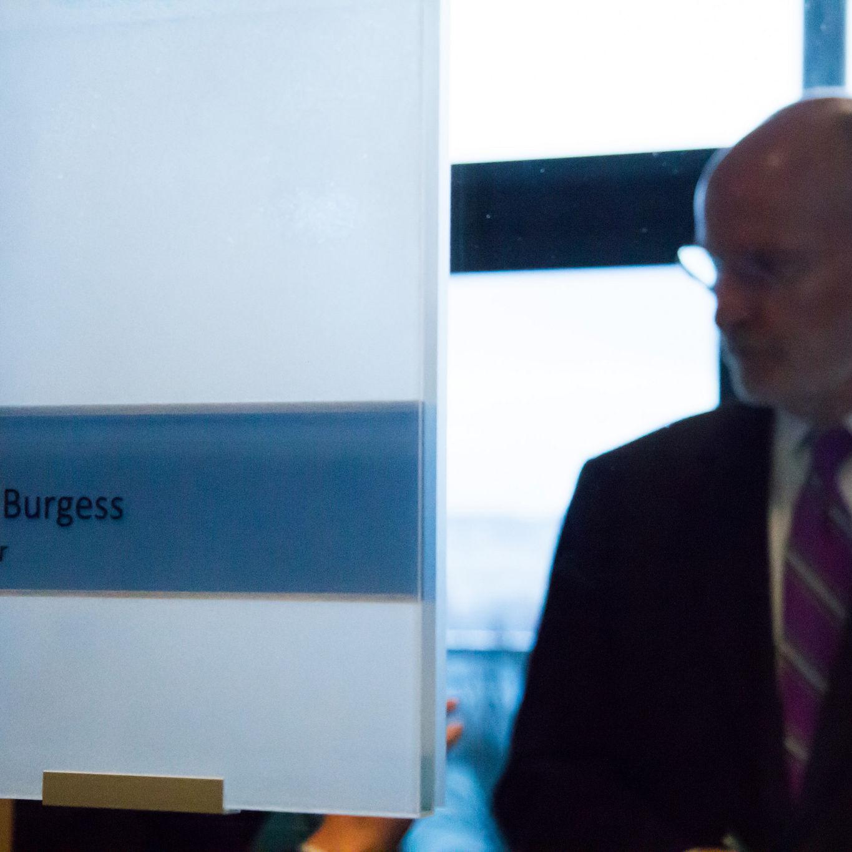 Tim burgess mayor seattle city council a7oui6