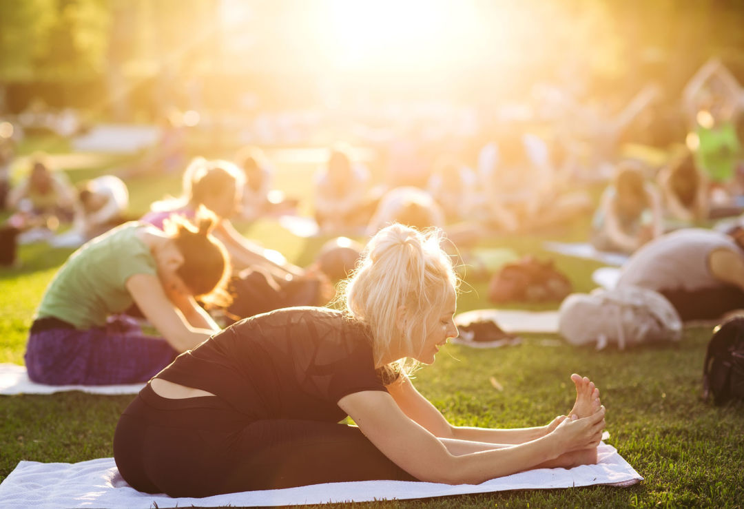 Salute The Sun With Free Outdoor Yoga This Spring Houstonia Magazine
