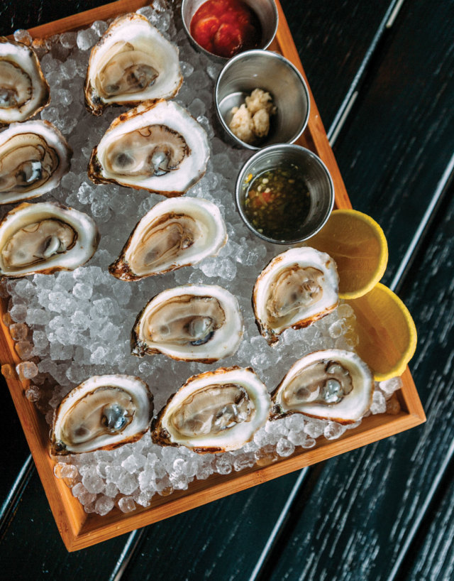1215 table saltair oysters wj07ot