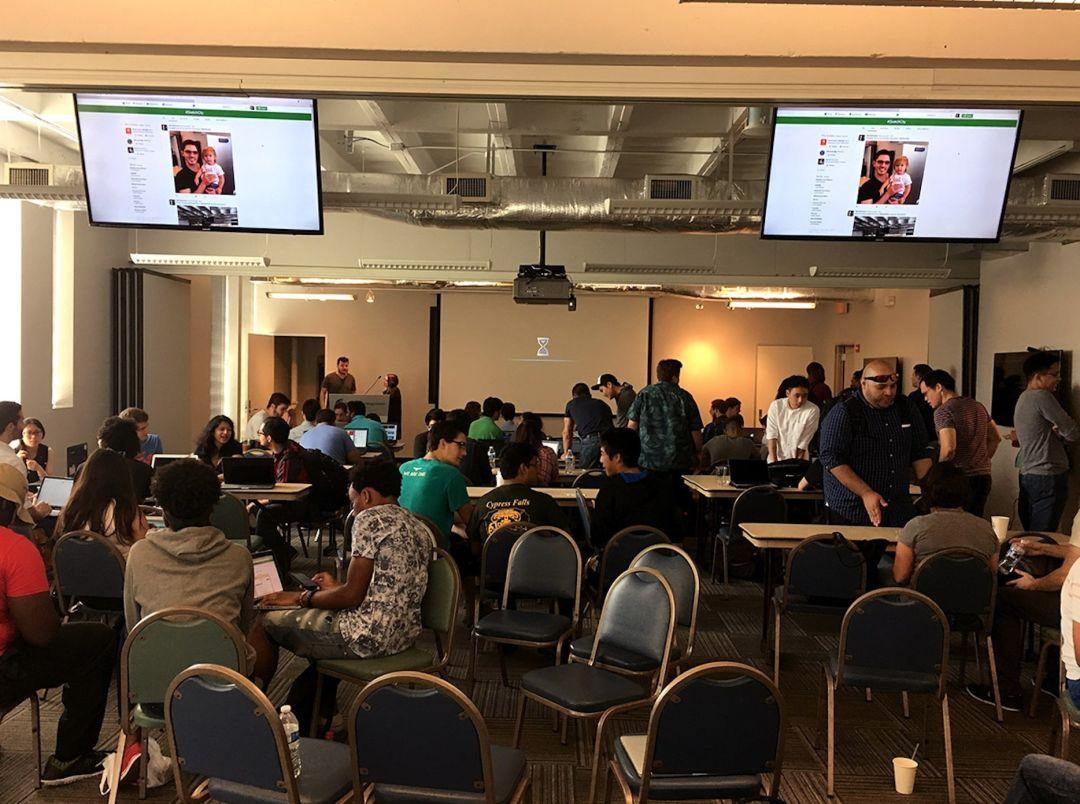 Hackathon photo c0u1jh