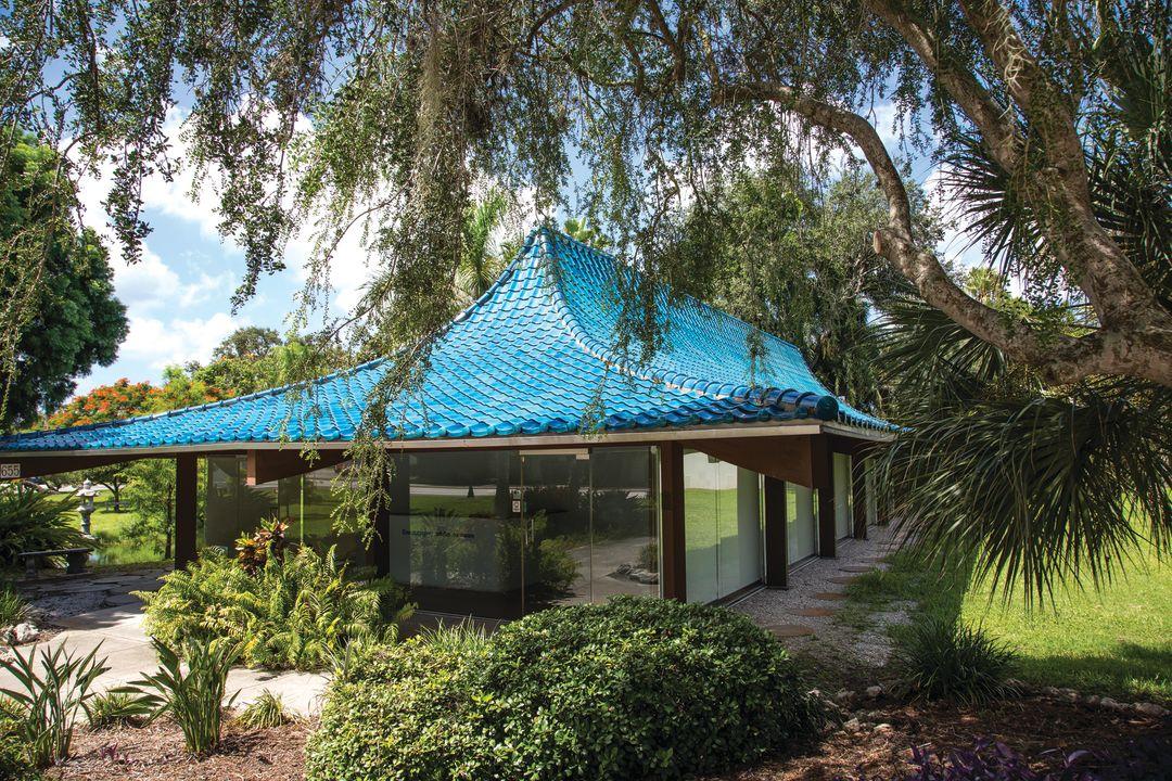 Lundy bluepagodafront jennyacheson rxmxbc