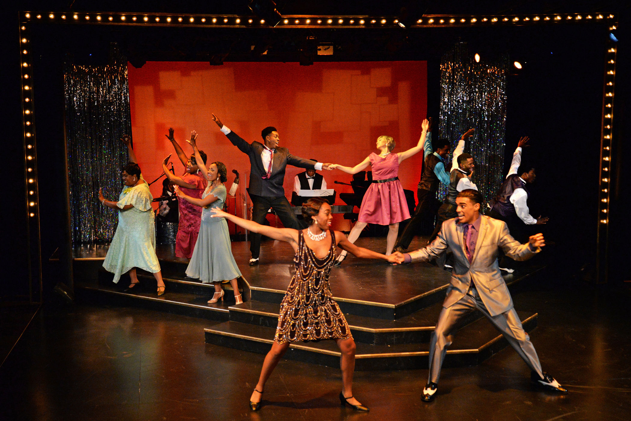 Wbtt bib 1 dancing gltwhb