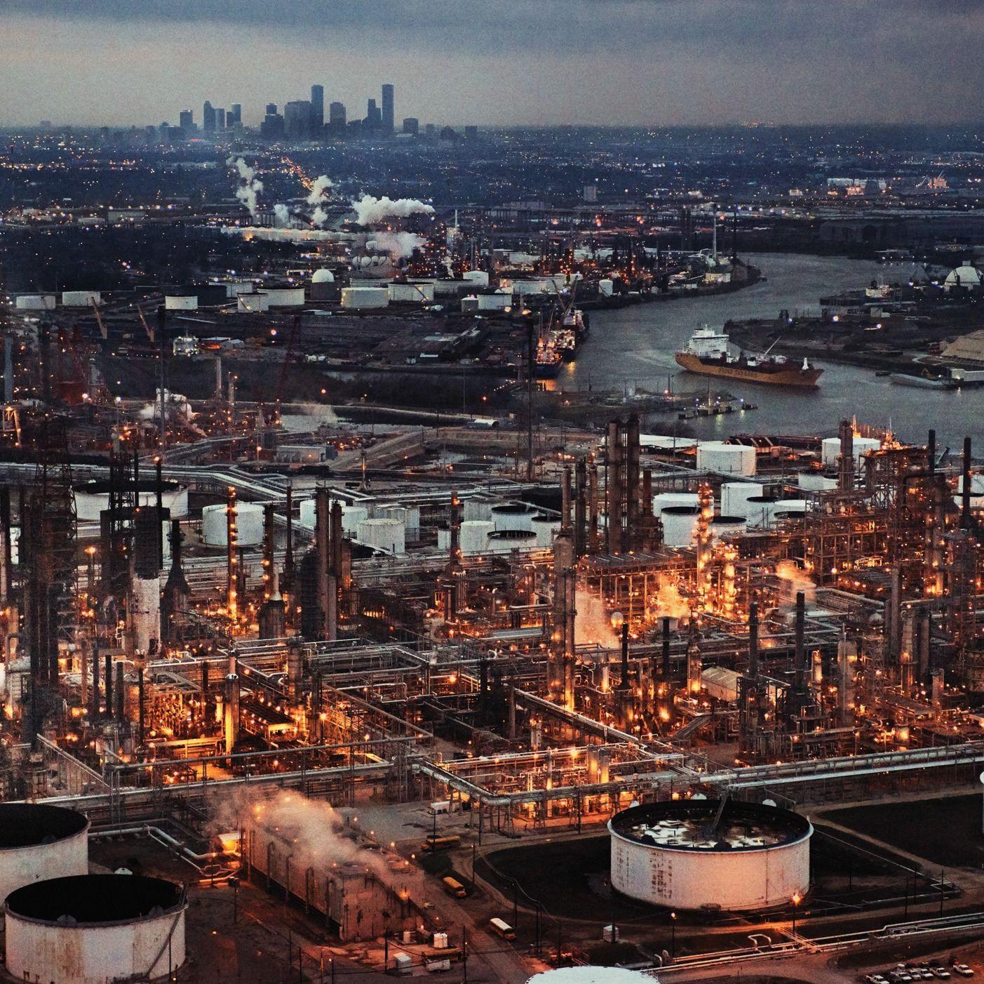 Refinery 2972 2 gvea1k