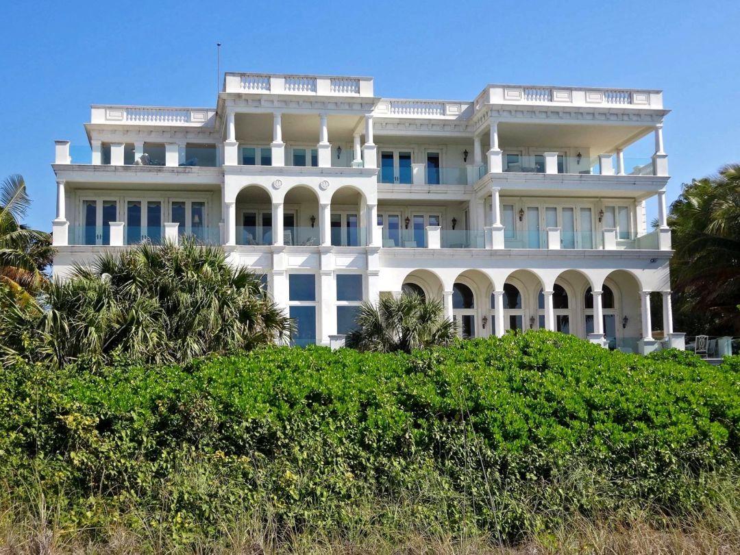 Lbk mansion exterior wodc2n