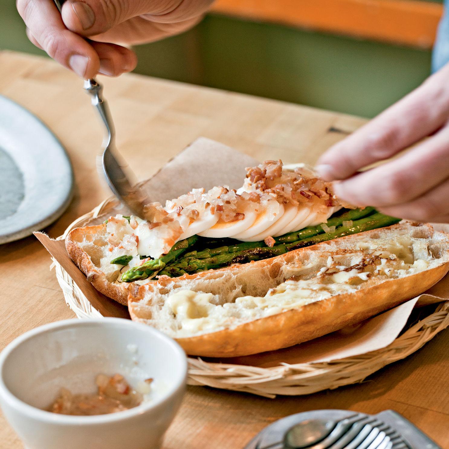 Asparagus sandwich rg9fah