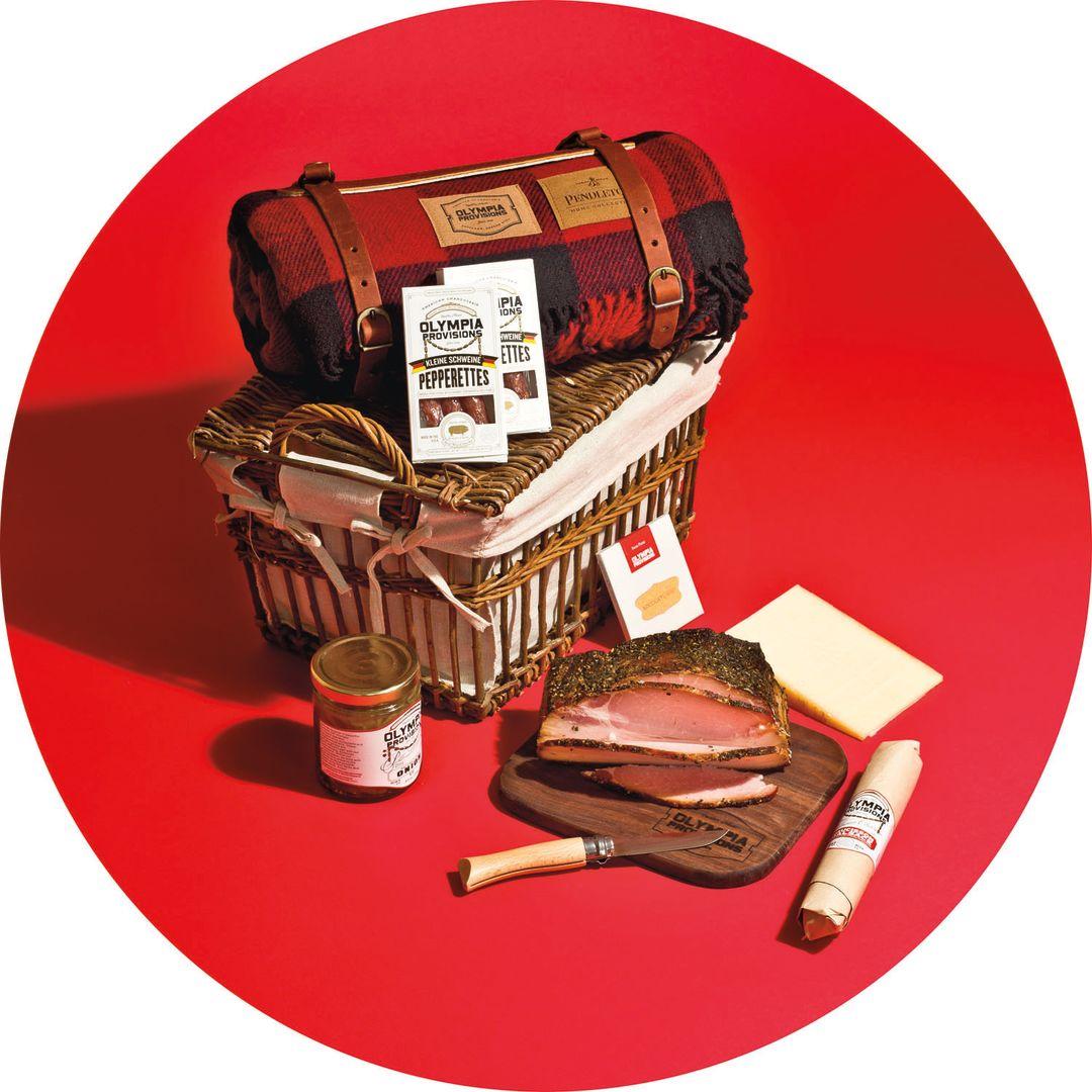 Pomo 1216 gift guide giant basket qki3fe