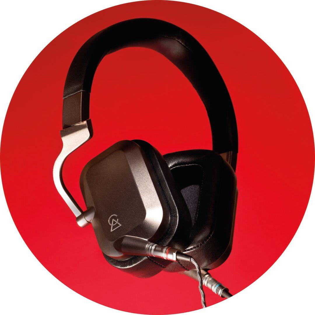 Pomo 1216 gift guide headphones mvhqtw