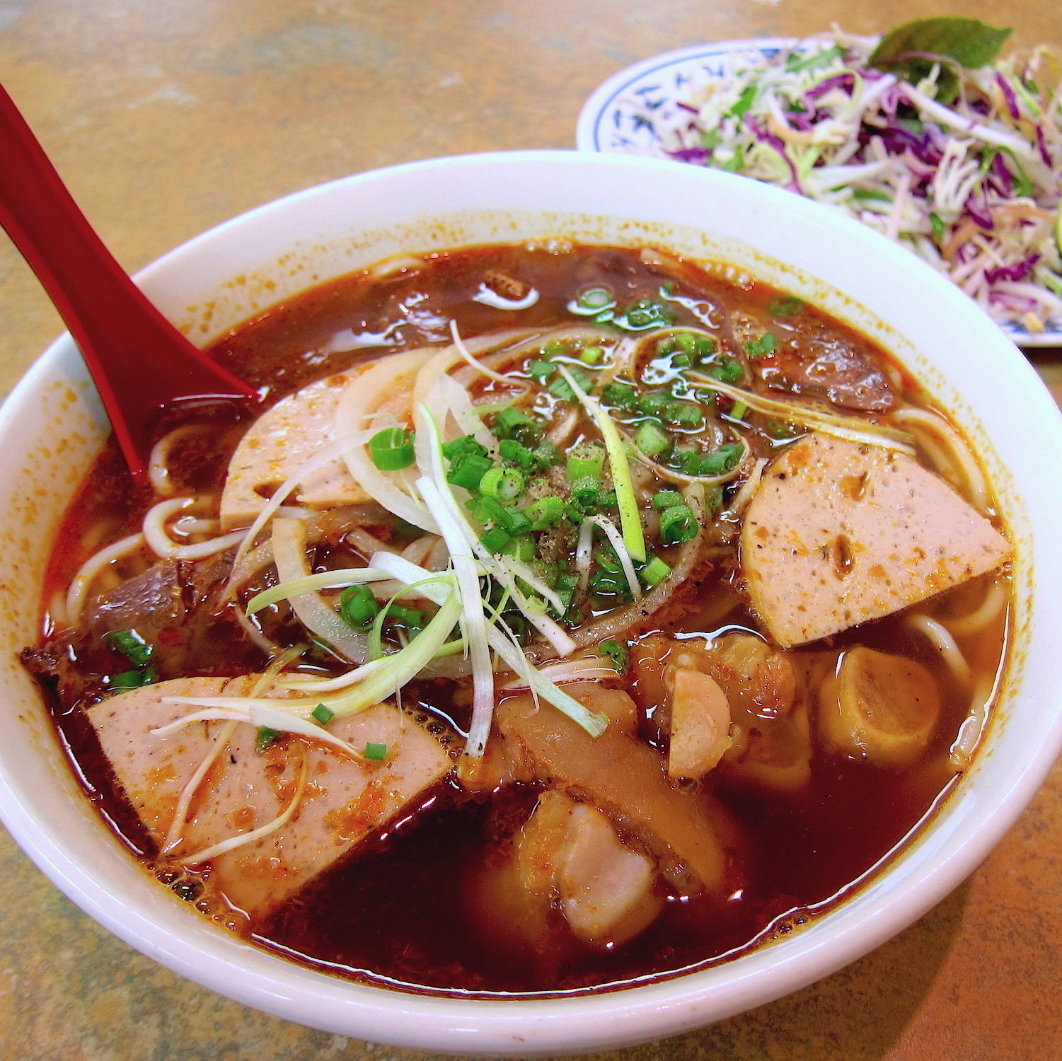 Bun bo hue co do   small z9bnps