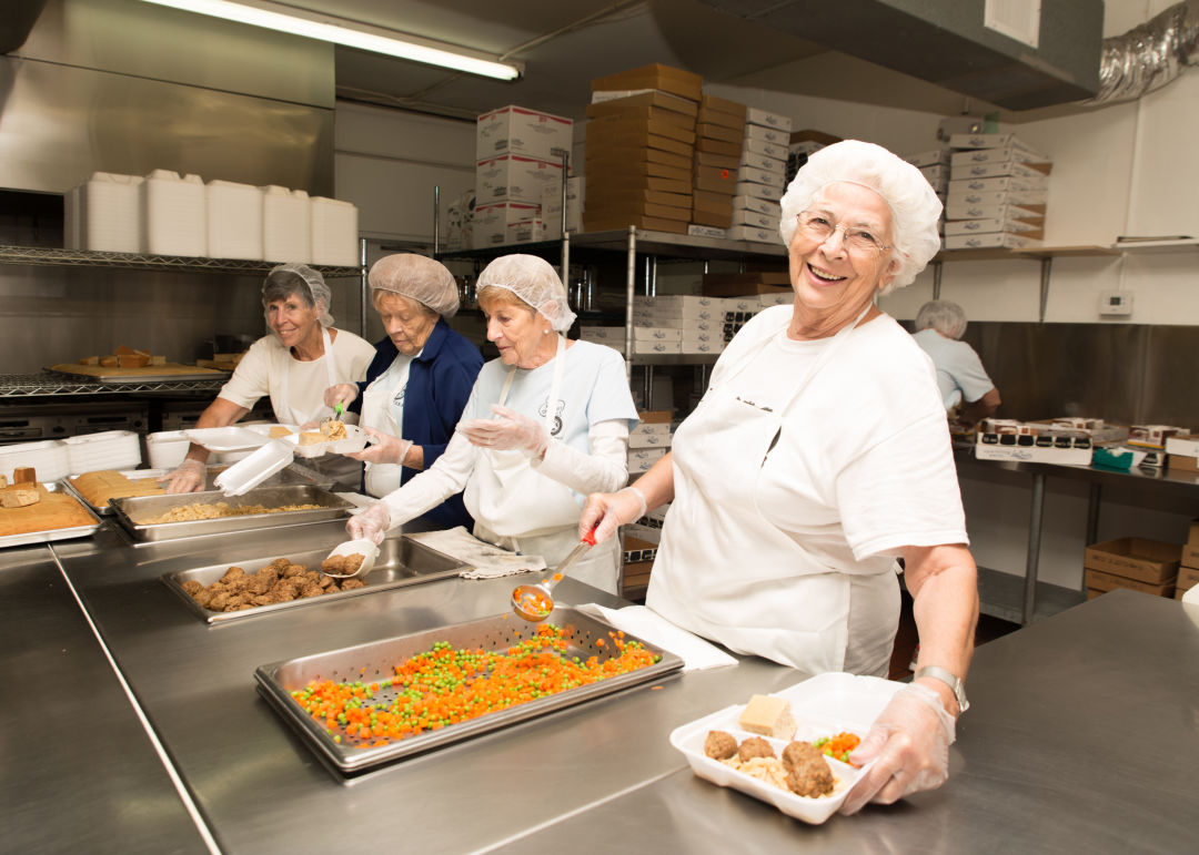 Volunteers at Meals on Wheels of Sarasota